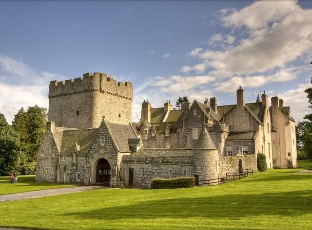Замок Драм, Шотландия