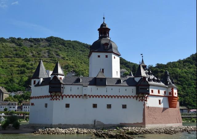 Замок Пфальцграфенштайн, Германия