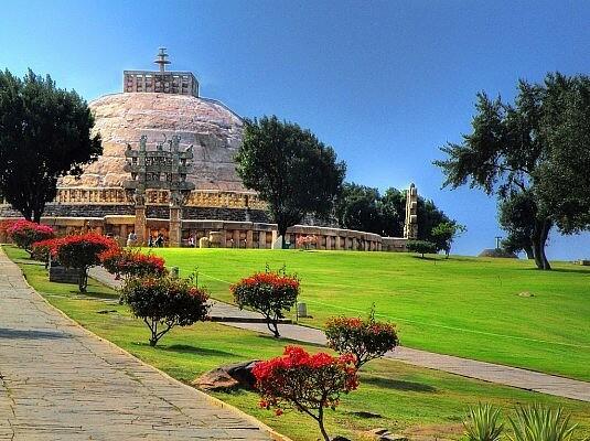 Большая Ступа в Санчи, Индия