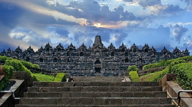 Храм Боробудур, Индонезия