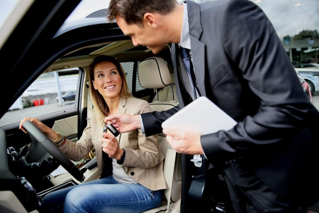 кредитный менеджер в автосалон