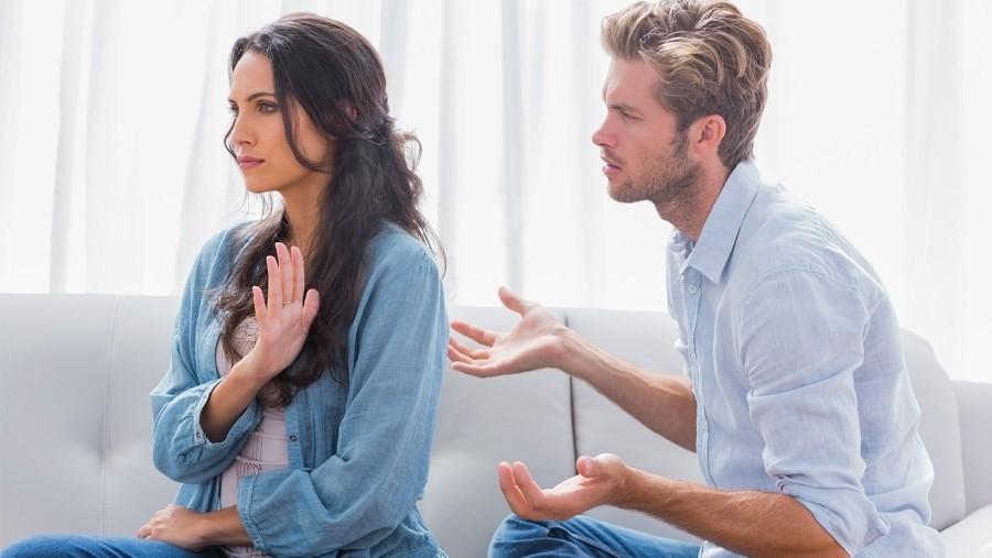 ما حكم المرأة التي لا تحترم زوجها