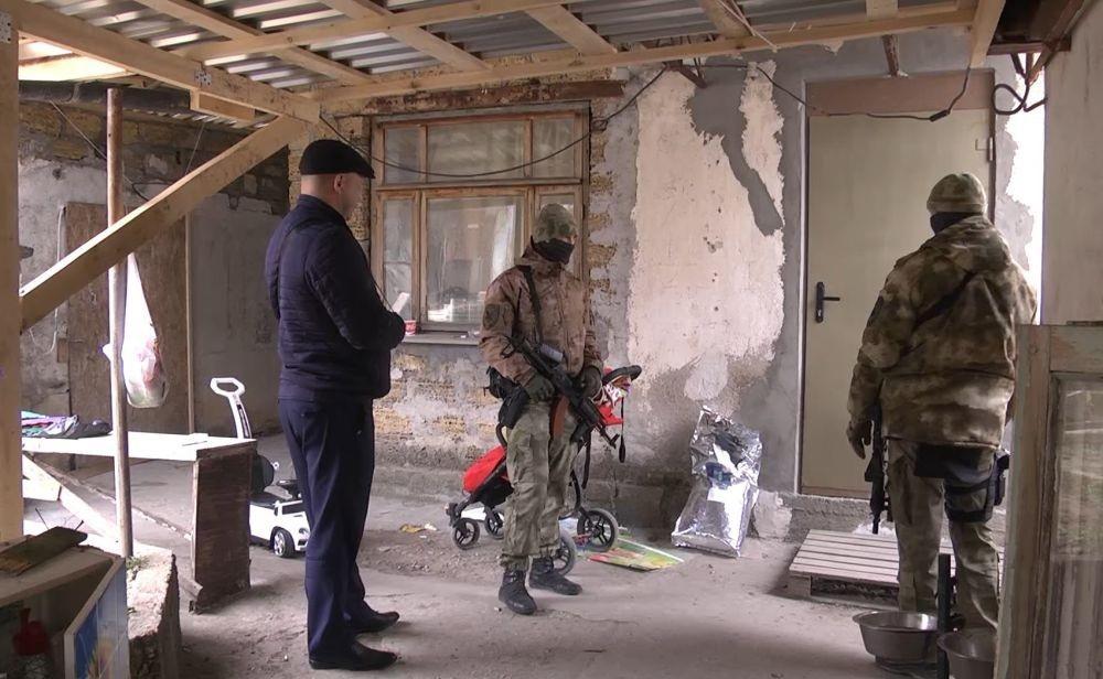 На дачах в Севастополе накрыли крупную нарколабораторию