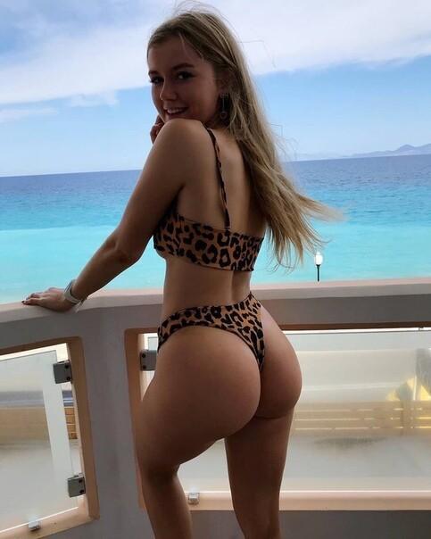 Great big tits milf