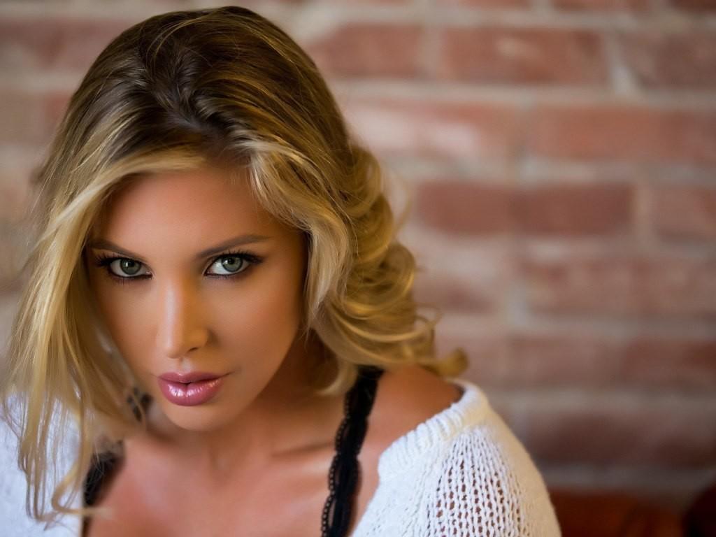 Samantha Saint 2