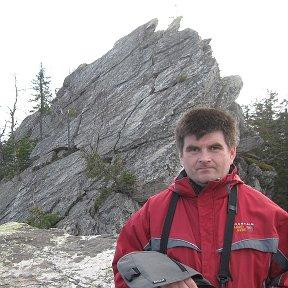 Георгий Шарков