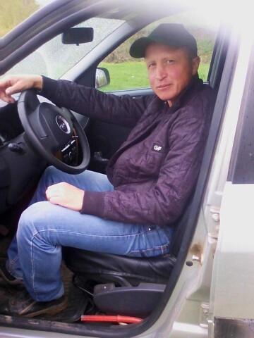Aleksandr, 40, Glazov