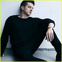 CHARLIE PUTH - How Long (October 5, 2017)