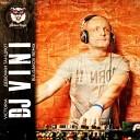DJ Vini feat Victoria - Девочки танцуют DJ Vini feat Victoria club mix 2009