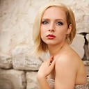 Madilyn Bailey - Sweater Weather The Neighbourhood