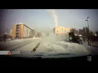 В Горно-Алтайске женщина водитель с двухлетним ребенком на автомобиле вылетела с моста