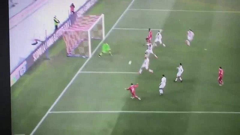 Марио Балотелли забил свой дебютный гол за Монцу