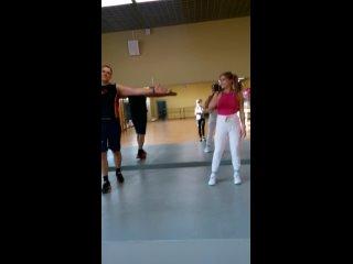 Танцуй всегда, танцуй везде, танцуй что угодно!