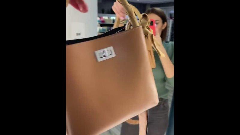 👜‼️Четыре модельки сумочек вышли на скидку любая из этих моделей всего 1900₽ ➖➖➖➖➖➖➖ 🚘🔥БЕСПЛАТНАЯ доставка по городу от 100