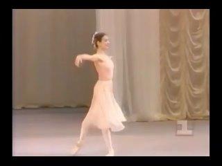 Alessandra Ferri in Tchaikovsky pas de deux variation