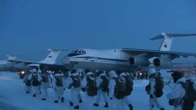 Десантирование из Ил 76 в Костромской области Более 1 7 тыс прыжков с парашютом из самолетов Ил 76МД выполнили за сутки деса
