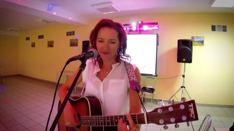 Однажды в России Выпускница Что ты плачешь девочка под гитару