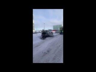 Пропан, бутан, братан! Автомобилист - о развороченном из-за взрыва автомобиле в Янино