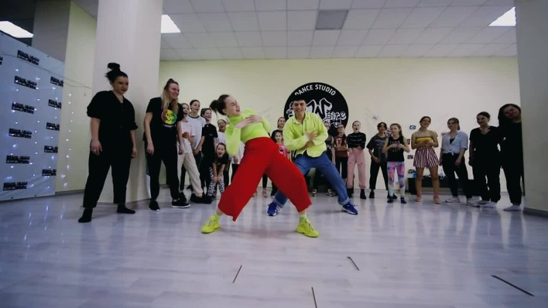 Коллаборейшн Waacking Dancehall