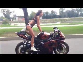Девушка на мото - Мотоциклы и мотоциклисты _ Yamaha _ Ktm _ Honda _ Suzuki _ Duc