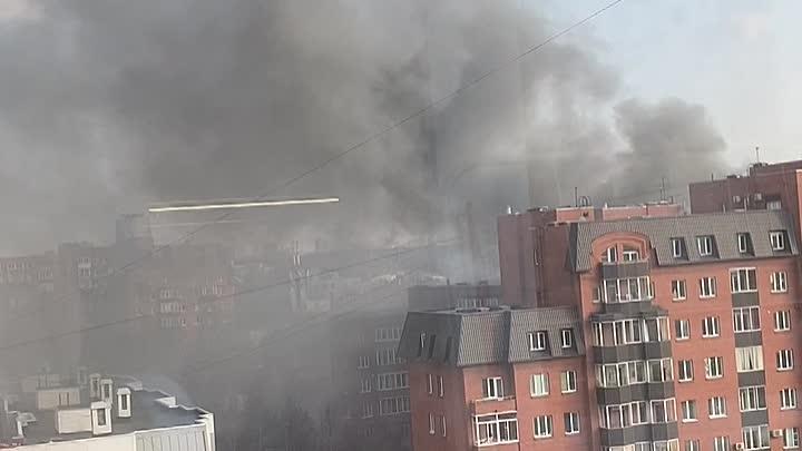 В Коломягах воспламенился дом 41 по 2-ой Никитинской улице