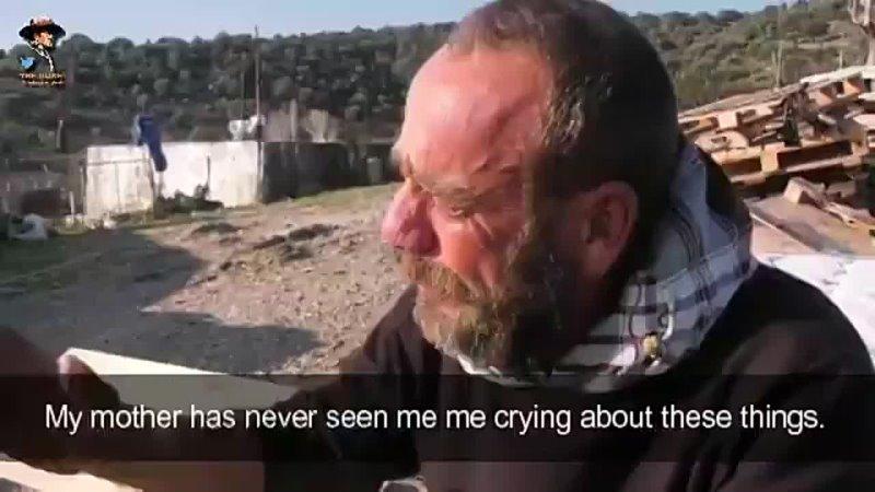 Seit Jahren stehlen Boots Invasoren auf Lesbos die Schafe dieses Hirten