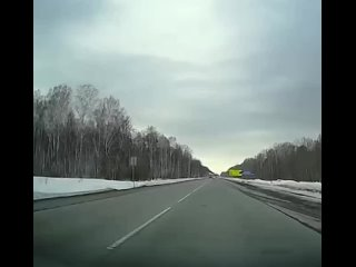 Наглядный пример того, что на дороге всегда надо быть начеку!