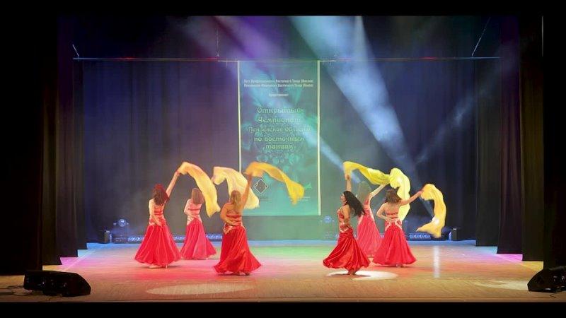 Школа восточного танца Исида , танец с веерам вейлами