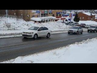 В Верхнеуслонском районе прошёл автопробег.mp4