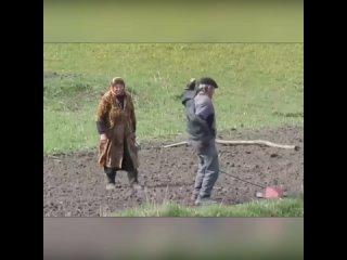 Дед танцует! Когда посадка огорода в радость