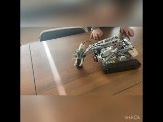 Сослюк Александр (11 лет), МАУДО СЮТ, «Робот- уборщик мусора на пляжах»
