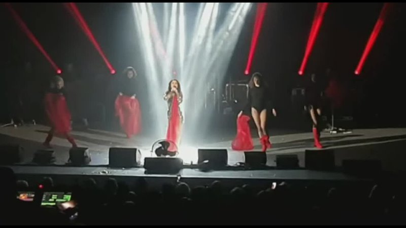 Наташа Королёва Красная помада отрывок концерт в г Казань 14 03 2021
