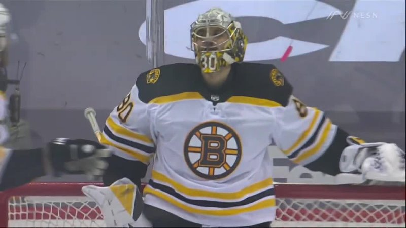 Vladar makes outrageous stick save in first NHL start