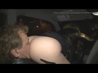 Сексвайф заставила мужа-куколда вылизать её попу в машине римминг фемдом анилингус фейсситтинг ПОРНО ДОМАШНЕЕ PORN sex anal куни