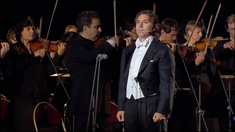 Марсельеза Исп Роберто Аланья и Парижский оркестр Дир Мишель Плассон Версаль 2009 г