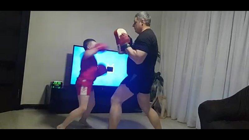 Отец и сын Обычный выходной