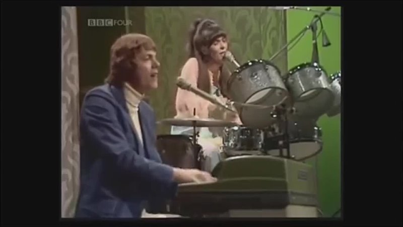 Bacharach David Medley The Carpenters at BBC in 1971