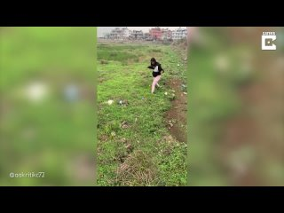 [Caters Clips] Girls Run Across Bizarre Moving Ground