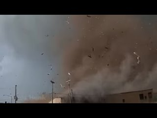 """How chill is this dude?! """" Its close... """" #tornado #wow #storm"""