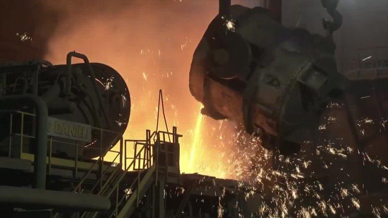 Молодежка Надеждинского металлургического завода знакомит школьников с историей предприятия