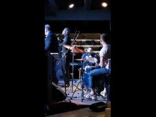 This is a Men's World, Арсен Мукенди, Everjazz, Екб