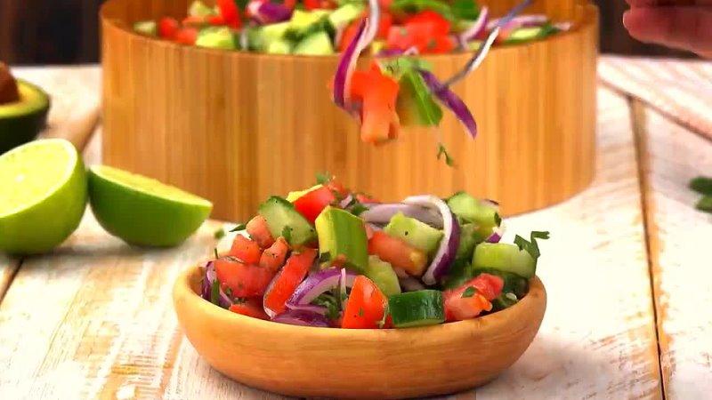 Салат с авокадо за 5 минут Ингредиенты Салатный огурец3 авокадо6 небольших помидоровКрасная луковица2 ст л мелко нарезан