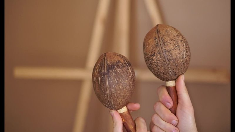 Маракасы из кокосов