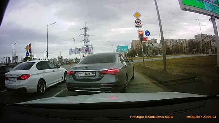 По Витебскому проспекту вчера в 12:40 По классике - Виноват рег, тк ударил а/м Mercedes в зад, но д...