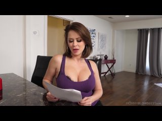 Emily Addison - Read Between The Lines [Blowjob]