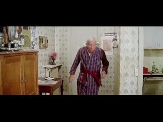Жан-Поль Бельмондо в фильме  Чудовище .1977г. (360p).mp4