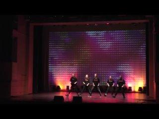 Студия Дома Творчества Детей и Юношества по современному танцу .