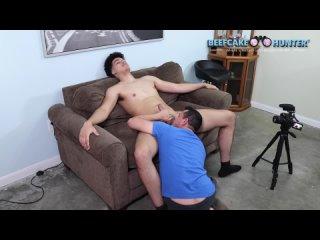 ГЕЙ & GAY  beefcakehunter_-_sucking_tall_and_sexy_beefcake_george_1080_2021