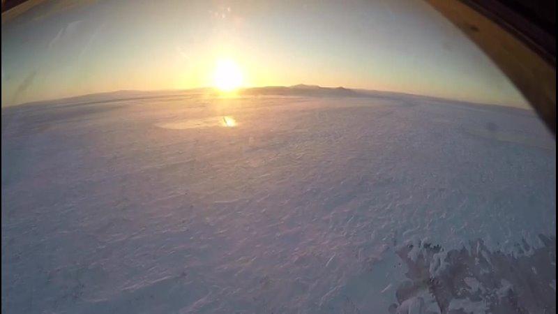 Посадка в Тикси. Съемка из блистера штурмана Ил-78. Февраль 2021