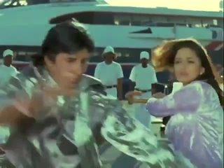 """Мадхури и Амитабх в филме """"Напарники"""""""